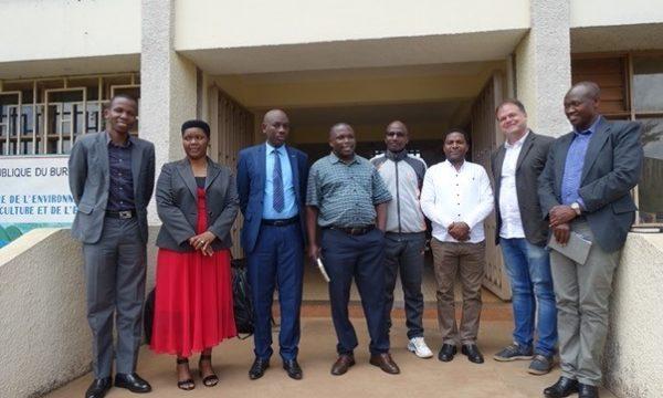 Burundi Plantwise group pic
