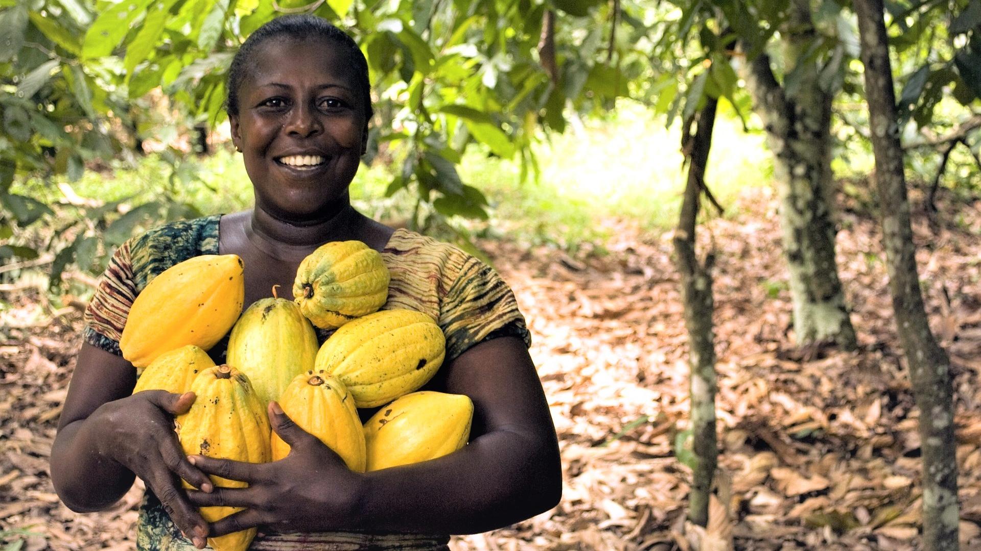 Female farmer (Pixabay)